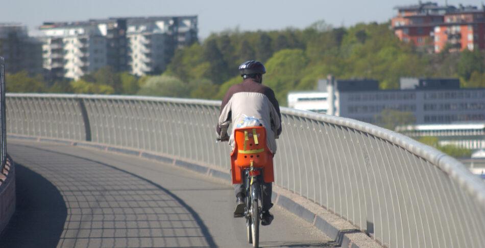 Asfalten skriker – kom cykla på mig!