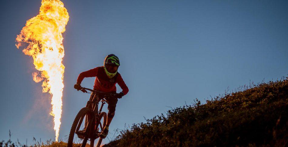 Åre Bike Festival: Brinnande dragrace, midnattscykling och världsstjärnor