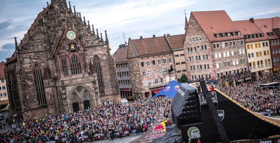 Nicholi Rogatkin sätter världens första 1440 på en MTB