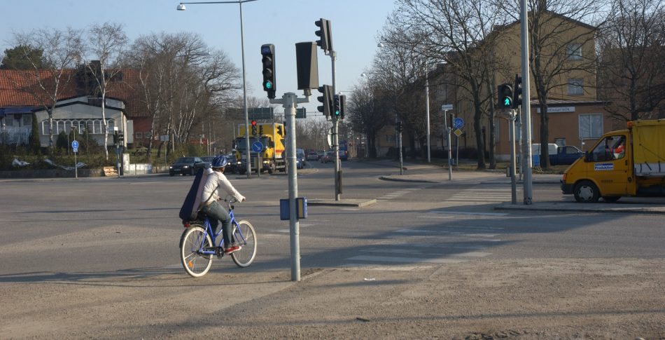 Mångmiljardkostnad för nya bevakade cykelöverfarter?